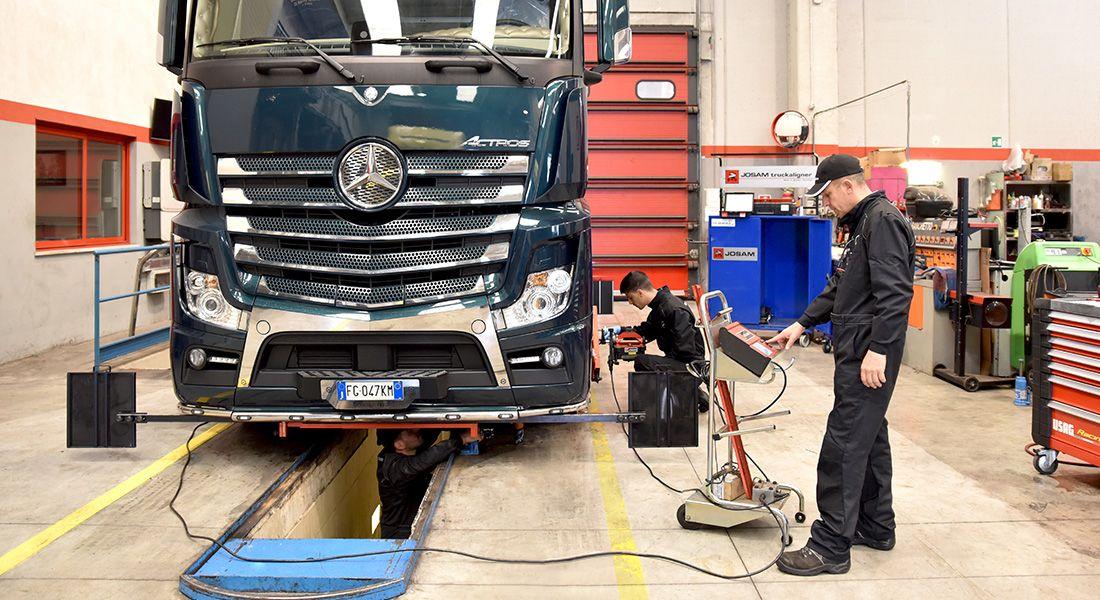 Officina per riparazioni e manutenzione Truck e Van