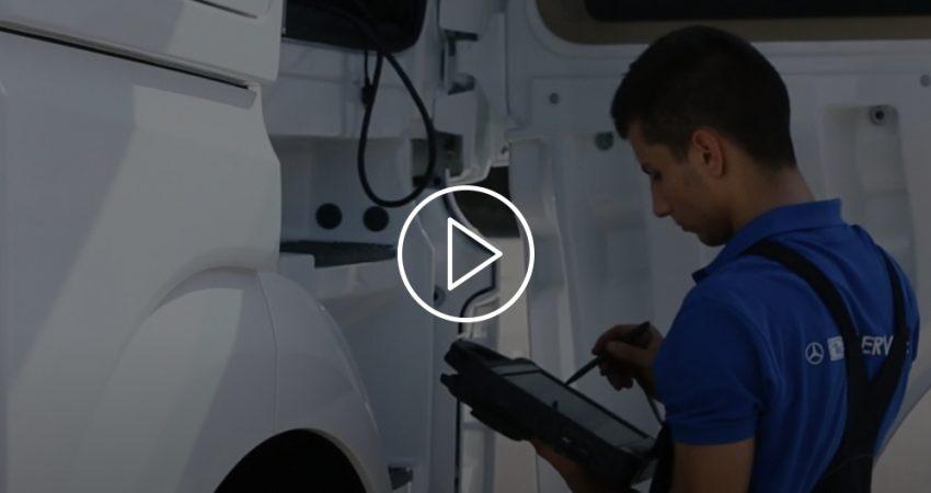 (Italiano) La formazione dei tecnici: il racconto nel nuovo video spot di TN Service